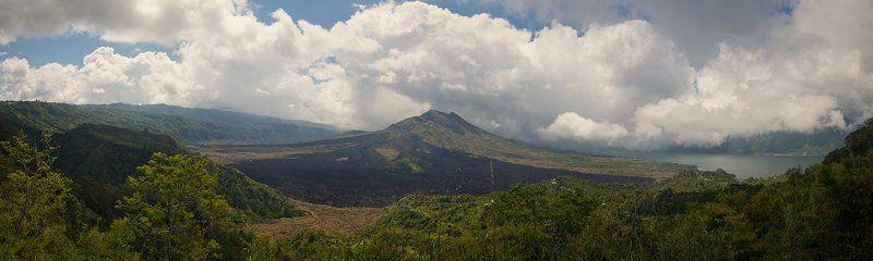 О вулкане вдалекеphoto preview