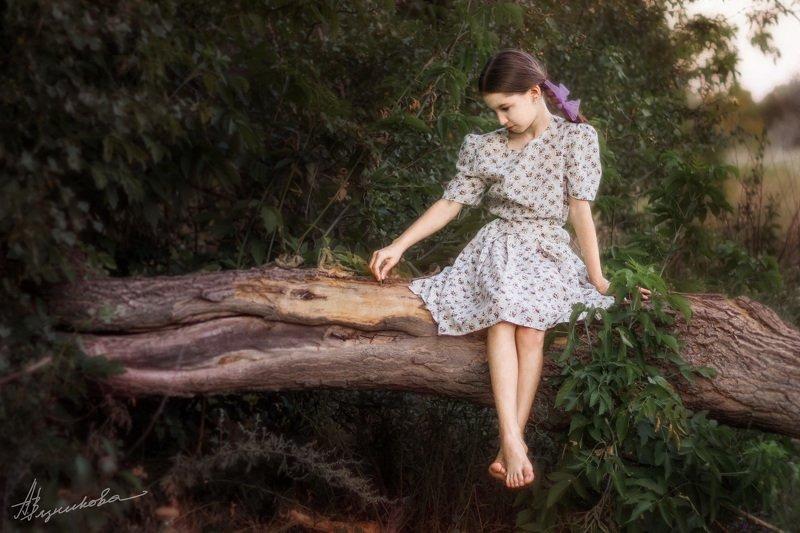 фотограф Лисичанск, Лисичанск, ребенок, девочка, портрет, фотосессия на природе, Временной контрастphoto preview