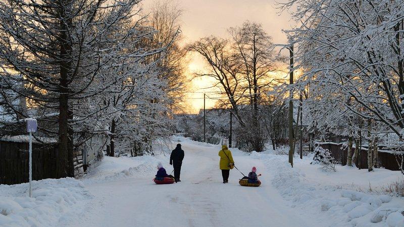 вечер, ленобласть, зима, снег, деревня, дети, красота Дорога к дому.photo preview