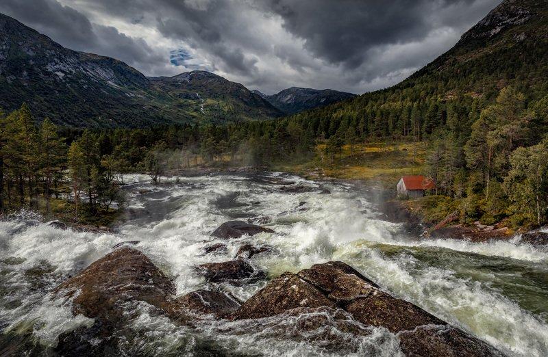 водопад, горы бурные водыphoto preview