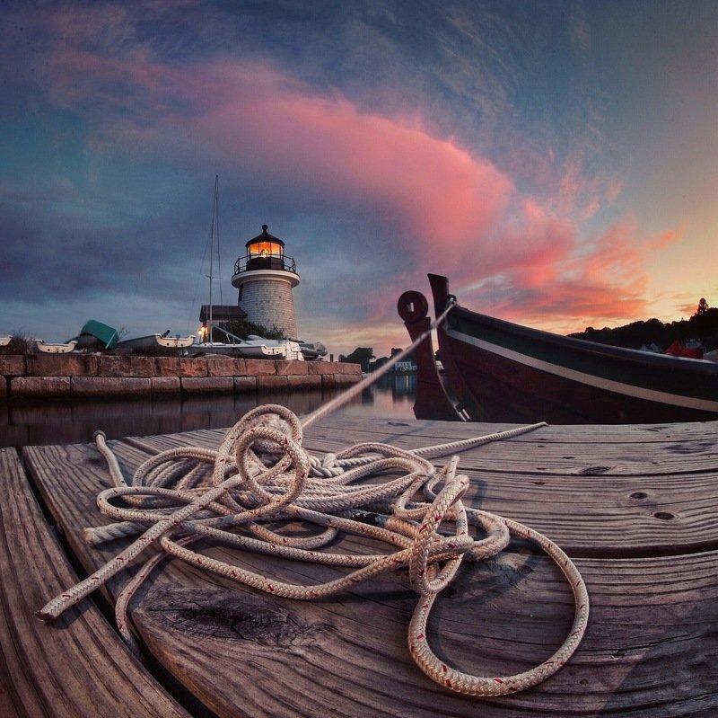 Маяк, пейзаж,  Свет маякаphoto preview