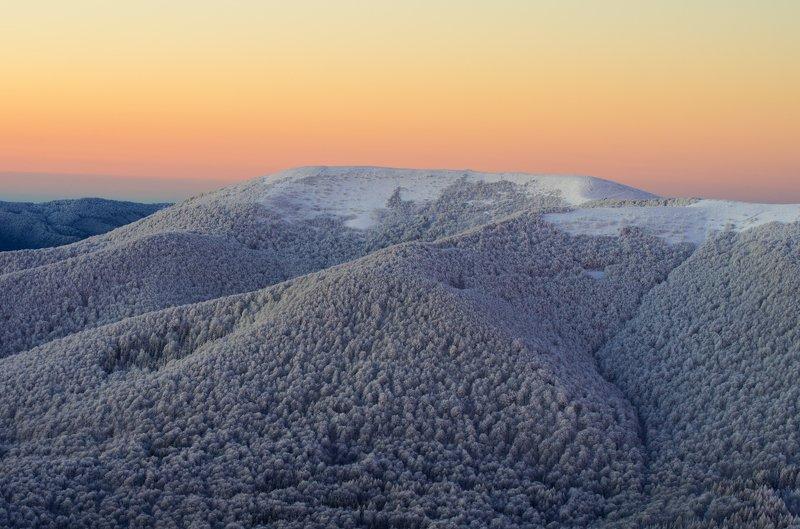 Bieszczady, winter, morning, snow, mountains, Poland, forest, frost Wielka Rawkaphoto preview