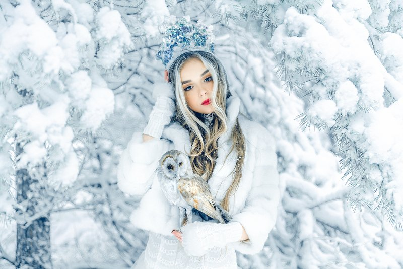 woman, portrait, conceptual, outdoors, winter, beauty You\'ll fear the Cold and crave the Burn...photo preview