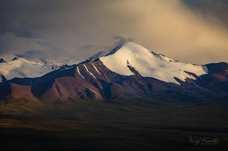 кыргызстан, горы, центральный тянь-шань, долина сарыджаз тут и горка... тут и ямкаphoto preview