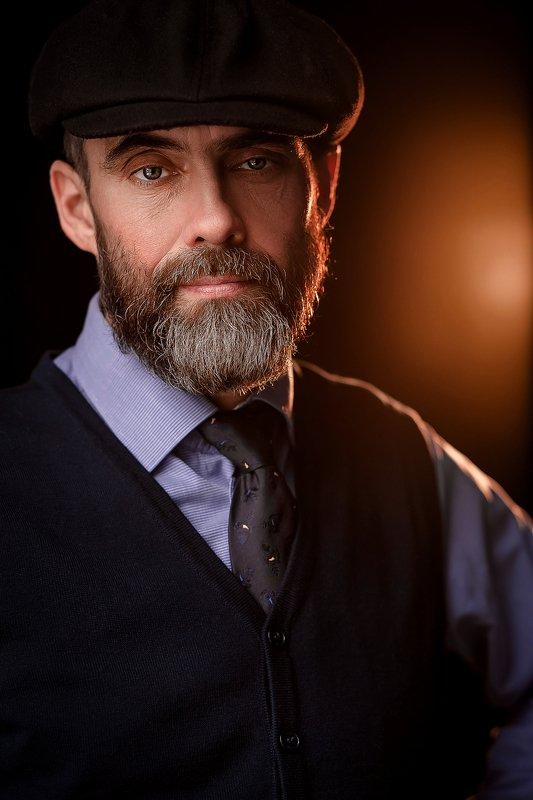 Портрет мужчиныphoto preview