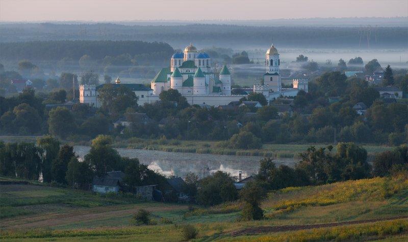 Межирицкий монастырь-крепостьphoto preview