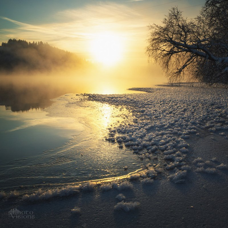 winter,freezing,river,norway,snow,snowy,light,steam,fog,foggy, Freezing riverphoto preview
