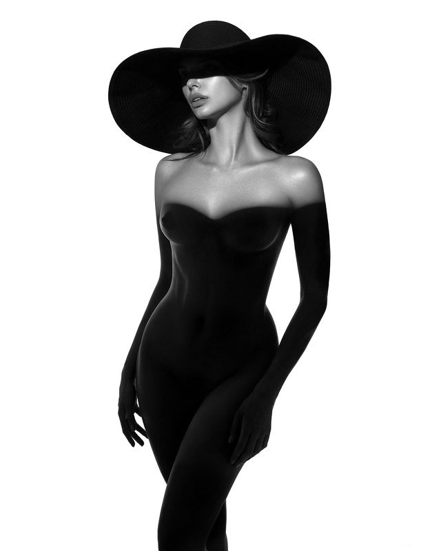 Black dressphoto preview