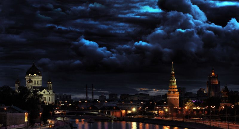 Обратная сторона московской суетыphoto preview