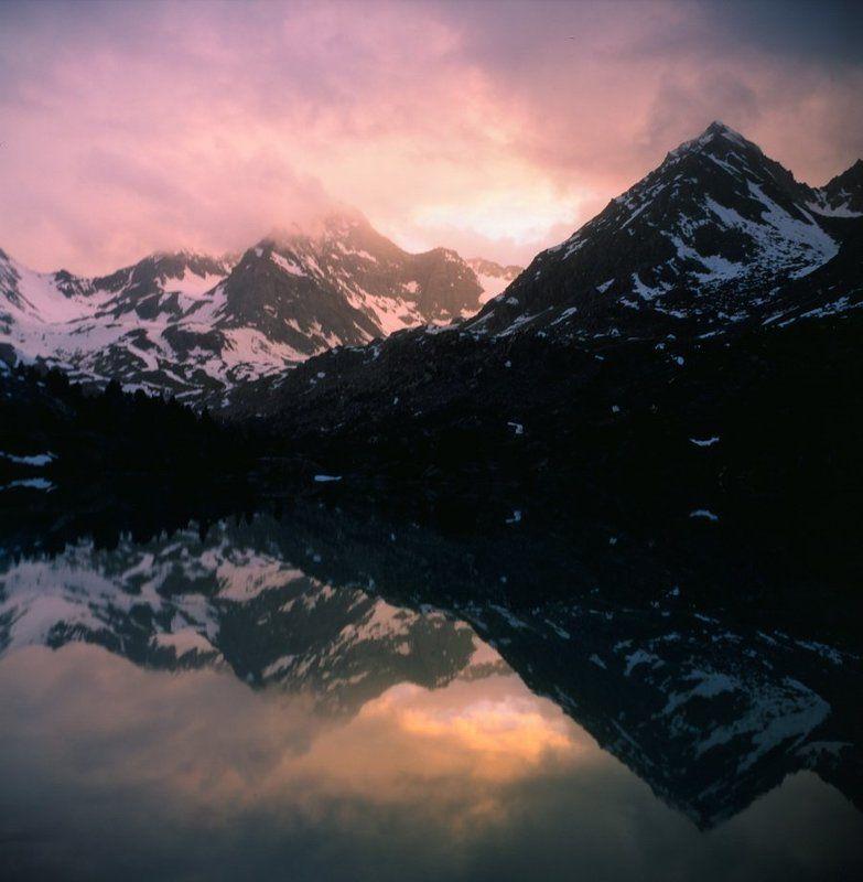 Алтай, Горное озеро, Горы, Закат, Отражение Отражения Дарашколяphoto preview