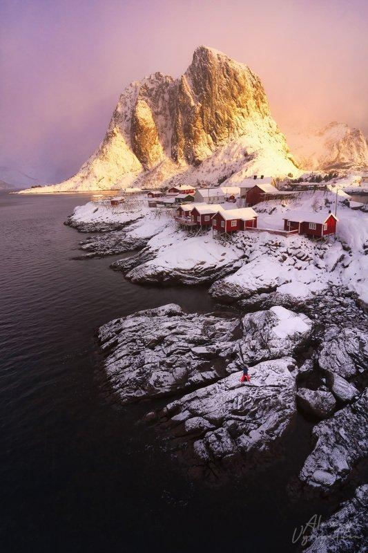 norway, lofoten, reine, moskenes, hamnoya, mountain, winter, sunrise, light, photographer Фотографphoto preview