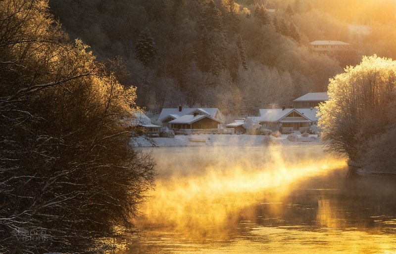 norway,river,winter,freezing,frost,woodland, By the riverphoto preview
