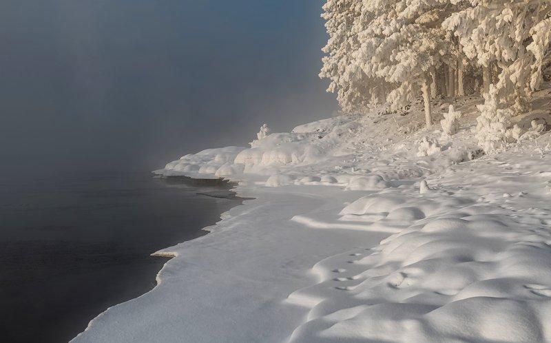 енисей, зима, изморозь., холодное солнце, иней. Белоснежные берега.photo preview