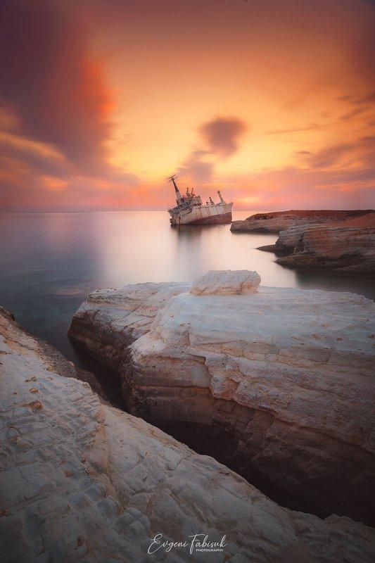 Edro III Shipwreckphoto preview