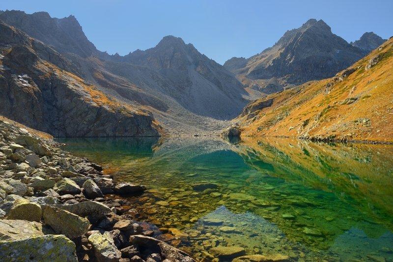 горы осень озеро азгек Восточные Азгекские озераphoto preview