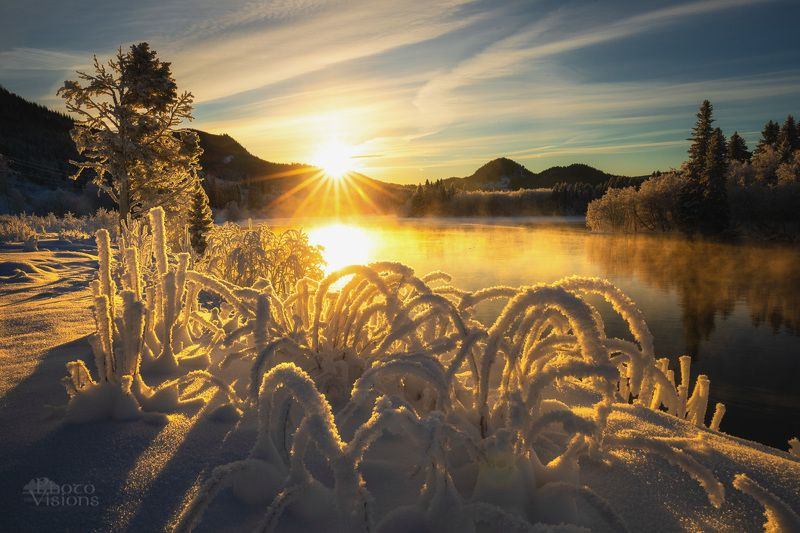 norway,winter,sunset,river,hoarfrost,frost,cold, Frozen earthphoto preview