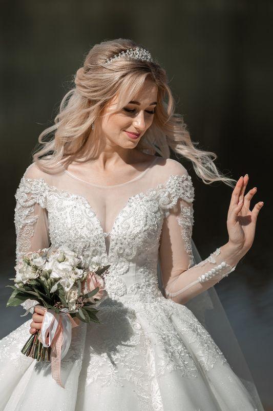 свадьба, свадебная фотосессия,  невеста, свадебное платье, счастье, любовь, портрет, фотосессия, bride, wedding, love, happy, dress, wedding dress, portrait, woman, женский портрет, свадебная фотография Невеста Дарьяphoto preview