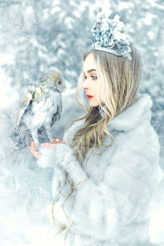 woman, portrait, conceptual, outdoors, winter, beauty Advice from the Owlphoto preview