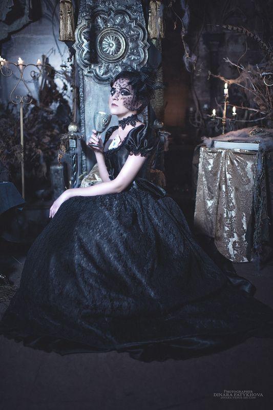 Queen of spadesphoto preview