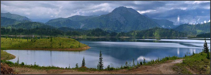 Панорама горного озера-2photo preview