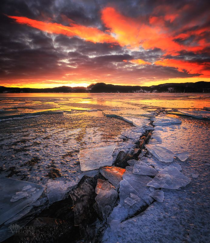 lake,jonsvatnet,ice,winter,sunset,wintertime,frost, The Crackphoto preview
