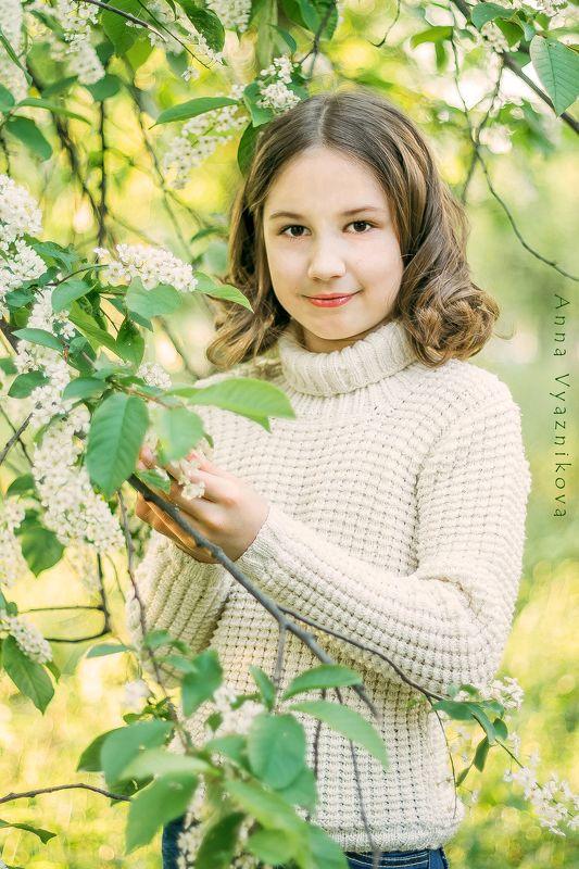 фотограф Лисичанск, Лисичанск, детский портрет, портрет, детский фотограф, весна, Иринаphoto preview