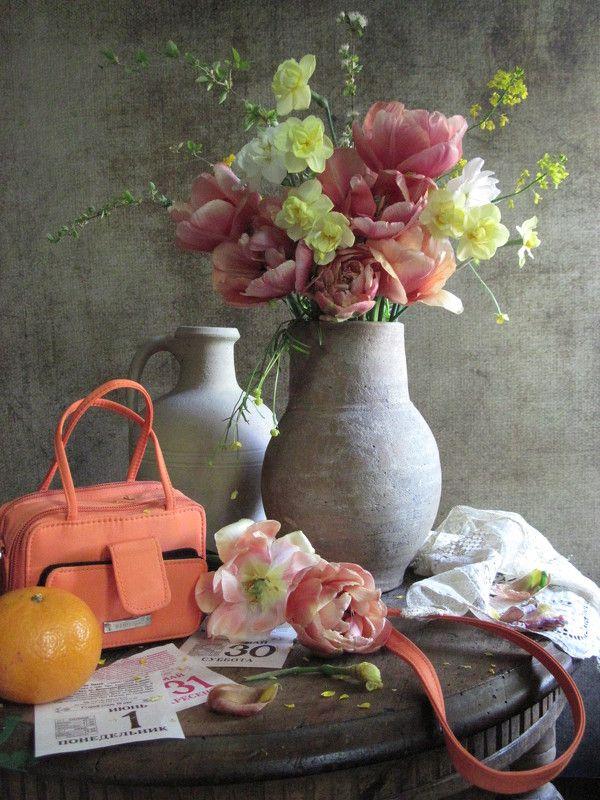 цвеиы, букет, тюльпаны, нарциссы, вишня, лютики Первое июняphoto preview