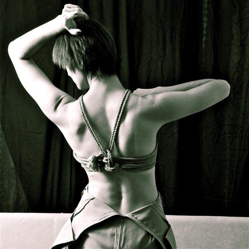 Танцы с веревкамиphoto preview