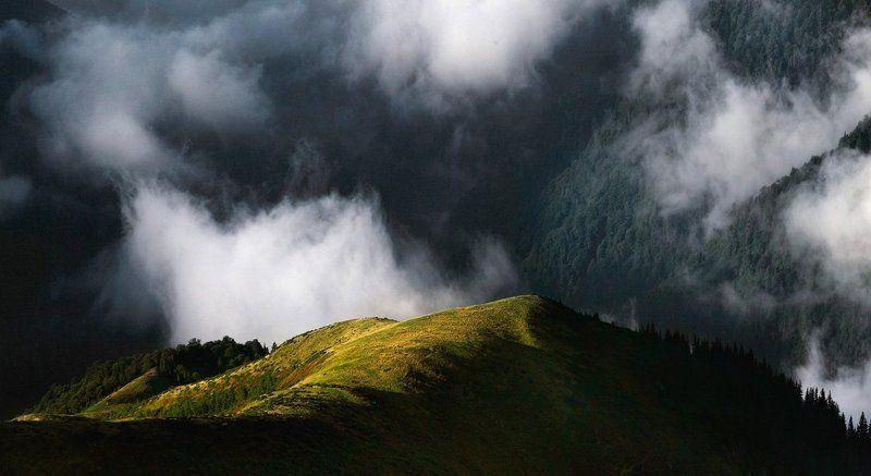 Мраморные горыphoto preview