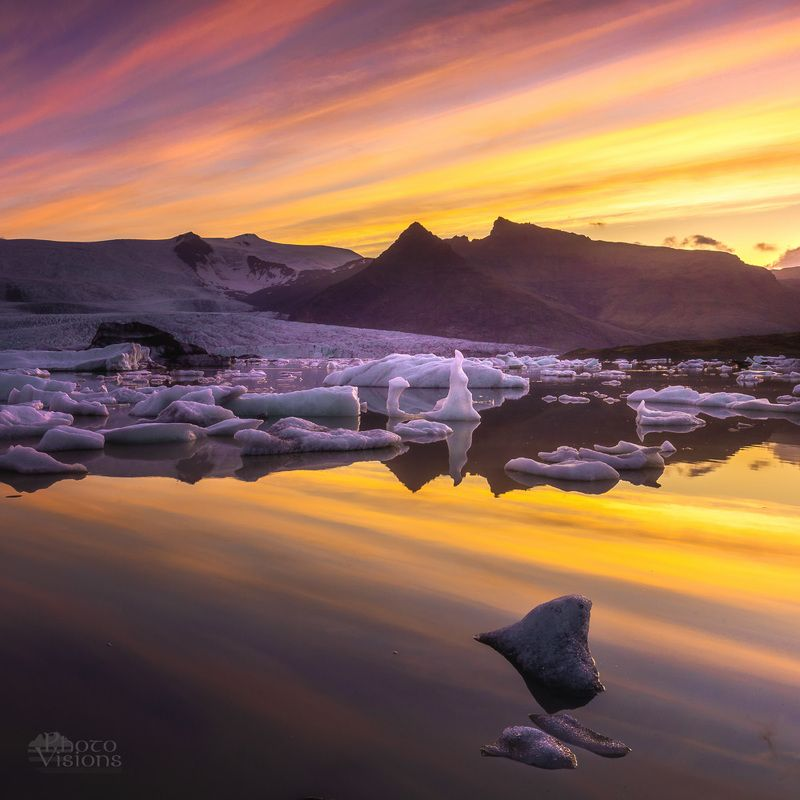 iceland,summer,night,sunset,sky,glacier,glacial,fjallsárlón,lagoon,reflections Summertime night moodphoto preview