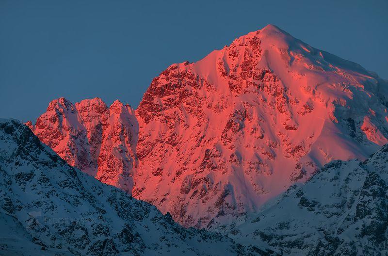 гора, кавказ, кавказские горы, коштантау, рассвет, освещение, вершина, кабардино-балкария, зима, в снегу, снежное, Пробуждение горphoto preview
