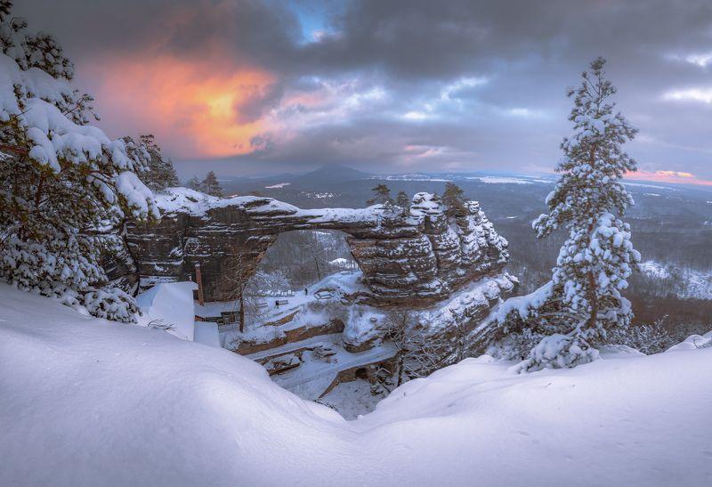 Sunset, landscape, winter, snow, sun, light, nature, czech republic, bohemian  Pravčická gatephoto preview