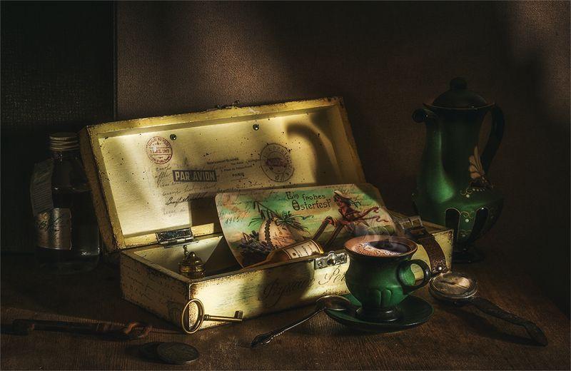 still life, натюрморт,  винтаж, ретро, шкатулка, часы, открытка, ключ, чайник, кофе, чашка ретро натюрмортphoto preview
