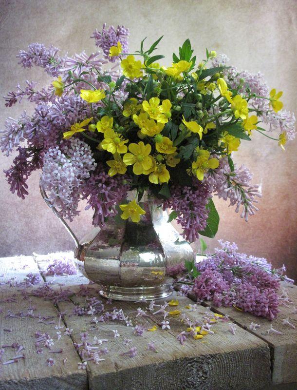 цветы, букет, лютики, сирень, кувшин, винтаж С сиренью и лютикамиphoto preview