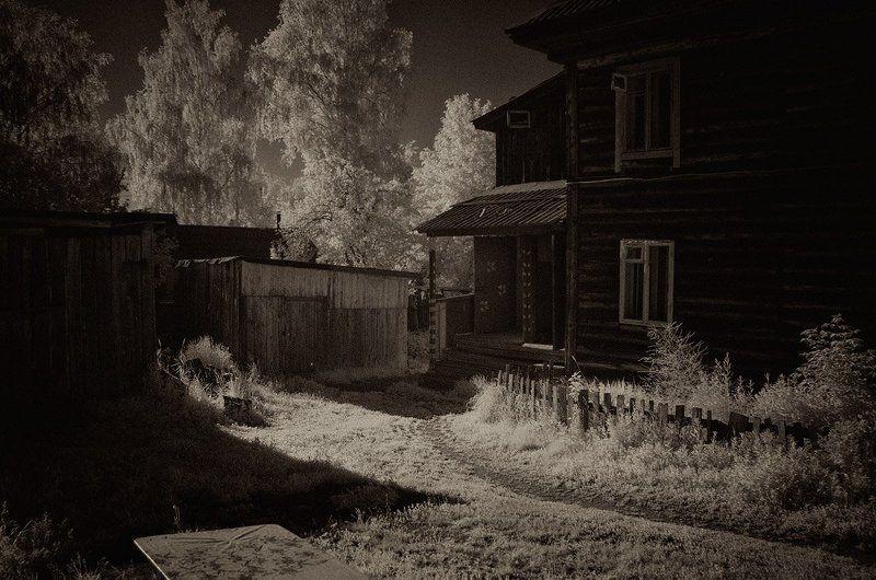 Ижевск, Инфракрасная съемка Сегодняшнее прошлоеphoto preview