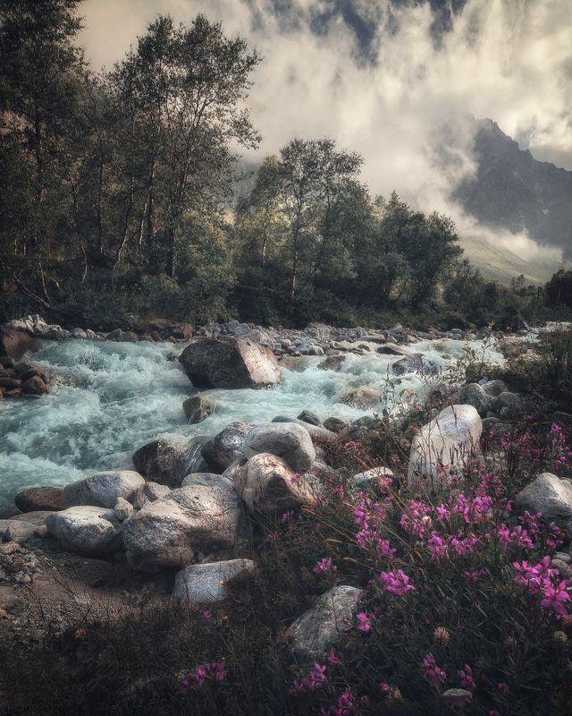 долина Белягидонphoto preview