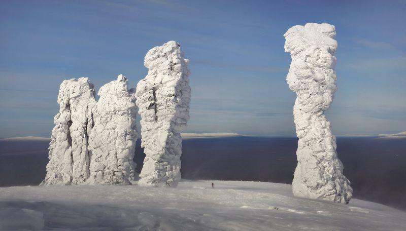 урал, зима, мань-пупу-нёр Мань-пупу-нёр и ФОТОГРАФphoto preview