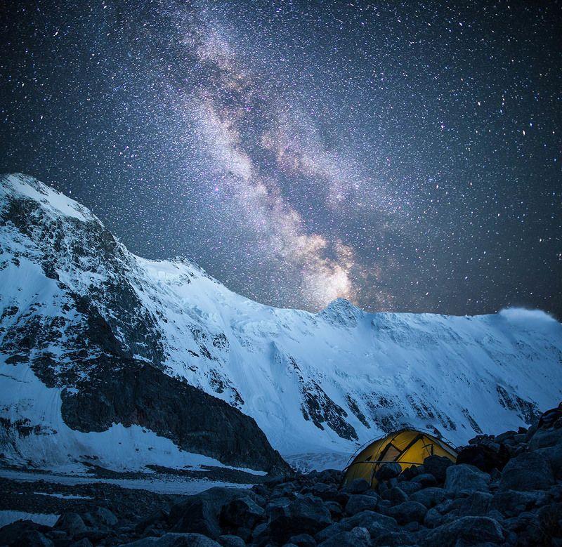 Горы, Звезды, Млечный путь, Ночное небо Свет ночнойphoto preview