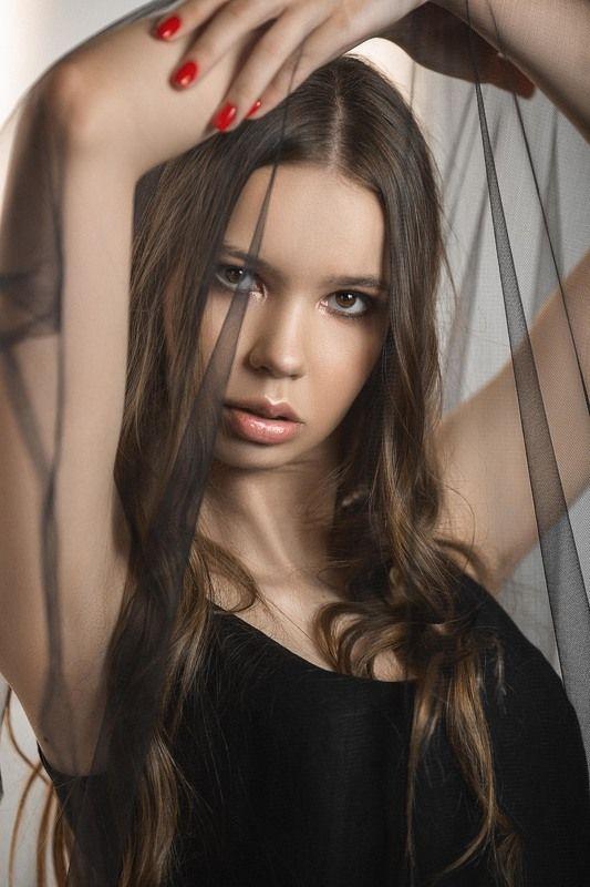 девушка, модель, портрет, фотосессия, студия, макияж, гламур, girl, beauty, perfect, pretty, model, modeling, young, portrait, make-up, творческий портрет, женский портрет, woman, young woman, glamour Полинаphoto preview