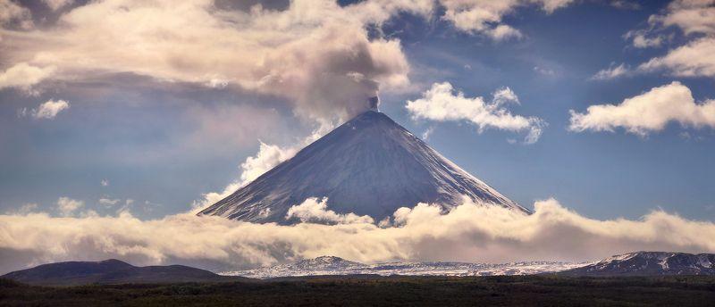 камчатка, вулкан, ключевской, небо, облака, горы, снег Невероятная Камчатка...photo preview