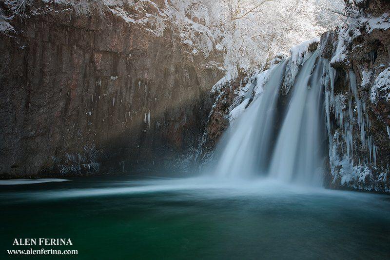 первый падение реке Коранаphoto preview