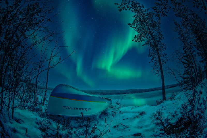 лодка, ночь, озеро, северное сияние, зима, снег Boatphoto preview