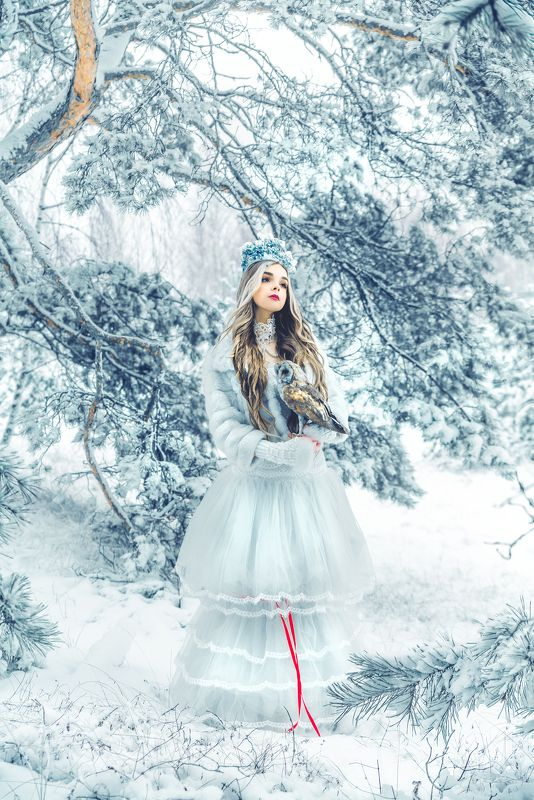 woman, portrait, outdoors, natural light, beauty Winter Fairy Talephoto preview