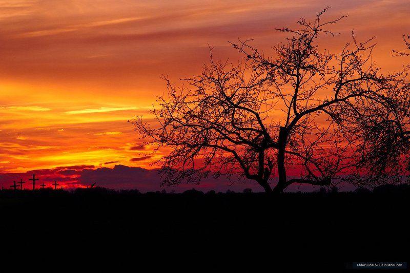 пейзаж, закат Churchyardphoto preview