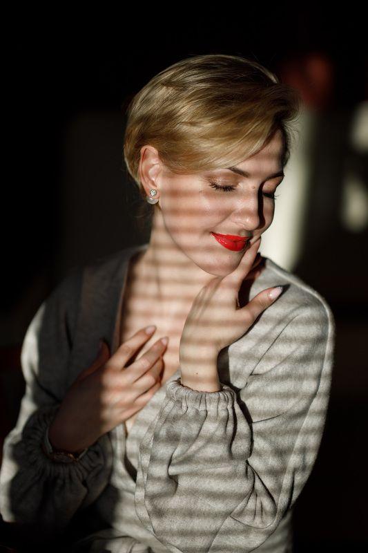 жесткий свет женский портрет натуральный свет Olesyaphoto preview