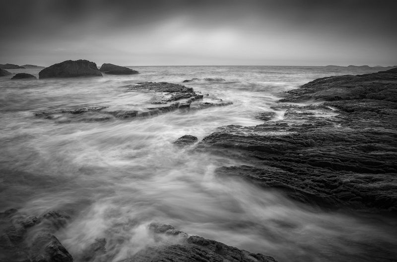 Landscapes,black & white,Travel,China,Wenzhou,reef Sea flowing water фото превью