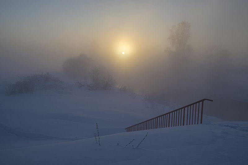 Мороз зиме за обычай