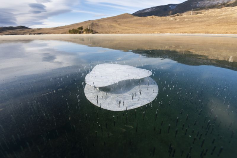 Байкал, пузыри, лед Байкальские пузыриphoto preview