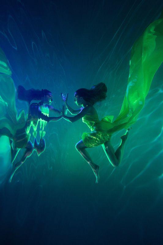 Под водойphoto preview