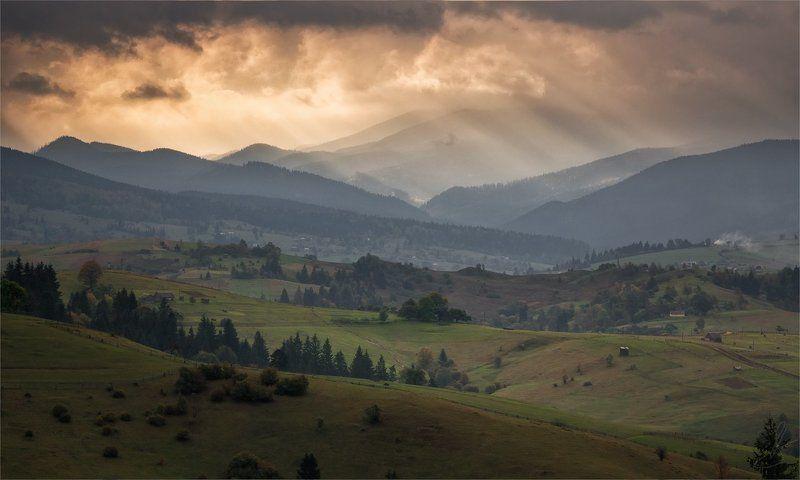 Карпаты, Пейзаж, Природа, Склоны, Черная Тиса Кровавый свет, предвестник бури...photo preview